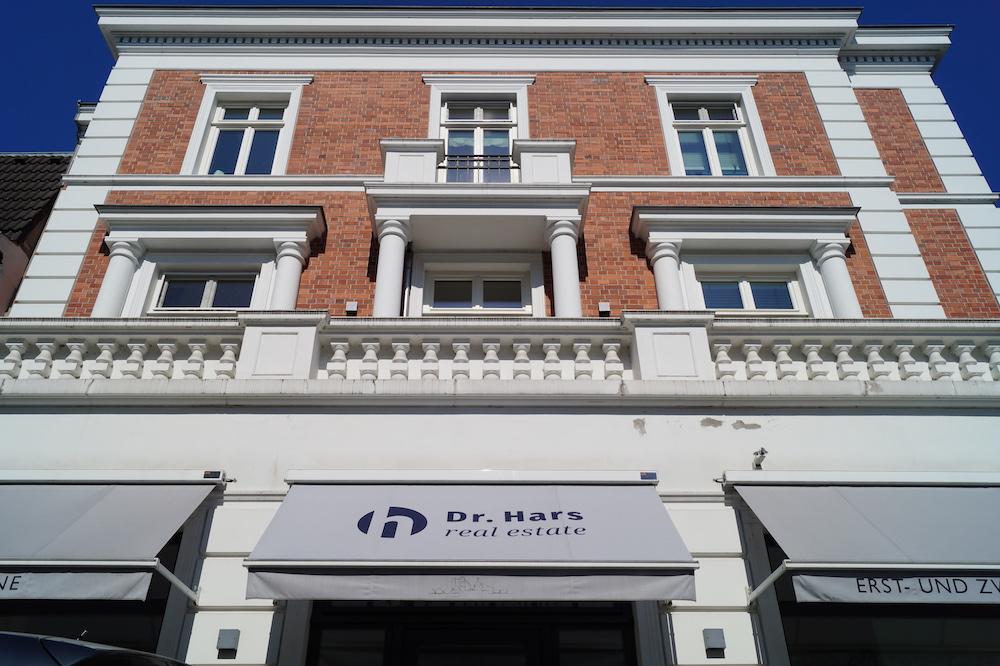 Dr. Hars real estate Immobilien verkaufen Alster Ming-Jet Lau Katja Eitzen